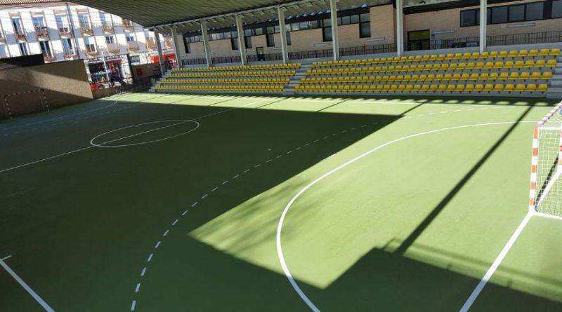 Pinto mejora instalaciones deportivas y educativas