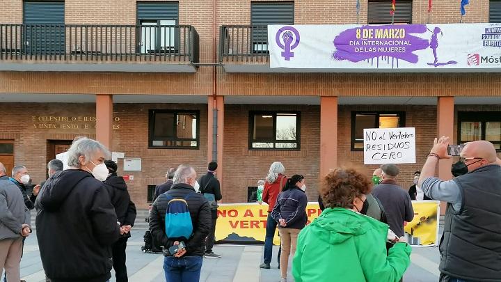 Manifestación contra la Macroplanta de residuos