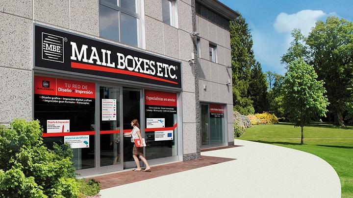 Mail Boxes inaugura centro