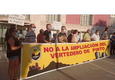Concentración en Aranjuez contra la Macro-planta de Residuos